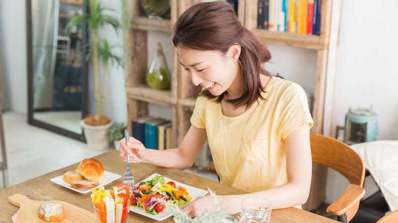 【ダイエット】ヨガインストラクターも実践!スタイルキープのための「5つの食習慣」